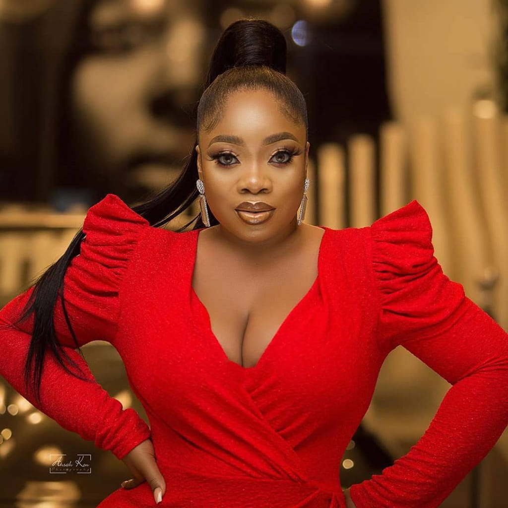Actress Moesha Boduong flaunts her hot curves in new photos